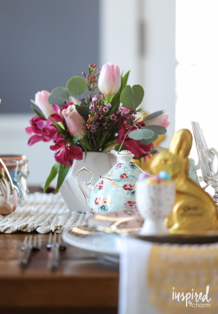 An Eclectic and Colorful Easter Table