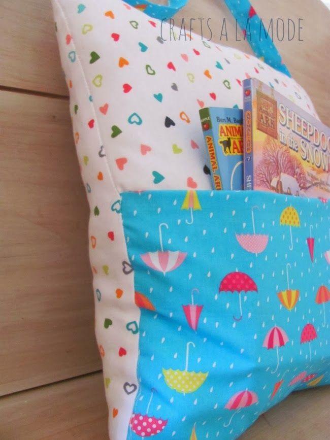 Crafts a la mode : Pocket Pillow Tote for Books   DIY ...