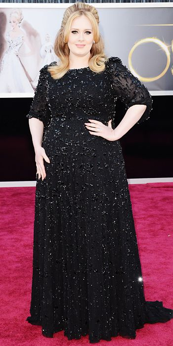 Performer Adele in a Jenny Packham gown at The Academy Awards 2013