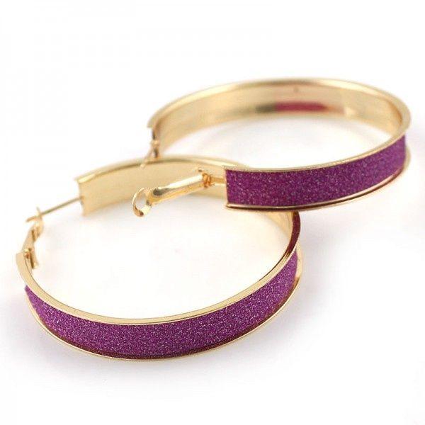 Goudkleurige oorbellen met paarse glitter