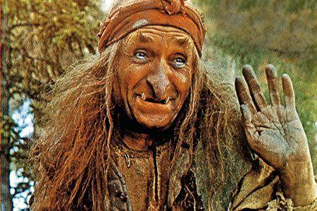 Hexe Baba Jaga – eine Bekannte Märchenfigur aus russischen Märchen