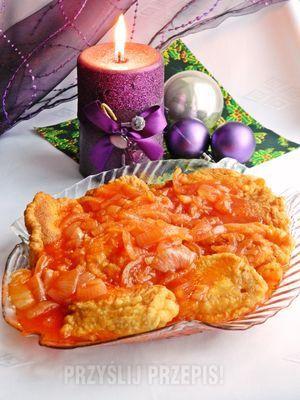 Ryba w cieście i zalewie pomidorowej