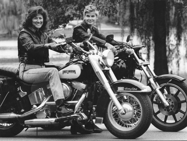 "Linda ""Jo"" Giovannoni and Sommer Simmons  Linda ""Jo"" Giovannoni (pronounced Joe-Van-No-Knee) is an influential motorcycle journalist and rider who co-founded Harley Women magazine, the first national motorcycling publication devoted to women motorcycle enthusiasts. Her involvement with Harley Women led to appearances on national shows such as Geraldo, The Vicki Lawrence Show, National Public Radio and many more. The book ""Hear Me Roar,"" by Ann Ferrar, also features Giovannoni."