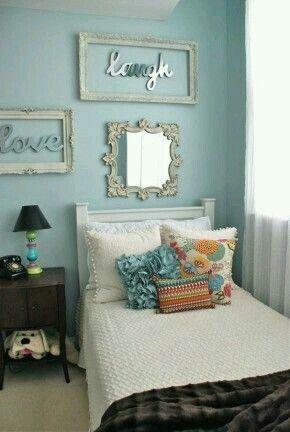 Cute frame wall decor idea