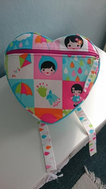 Free heart backpack pattern from Sew Much Ado