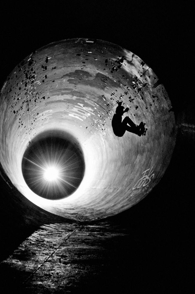 tunnel-wide angle skater