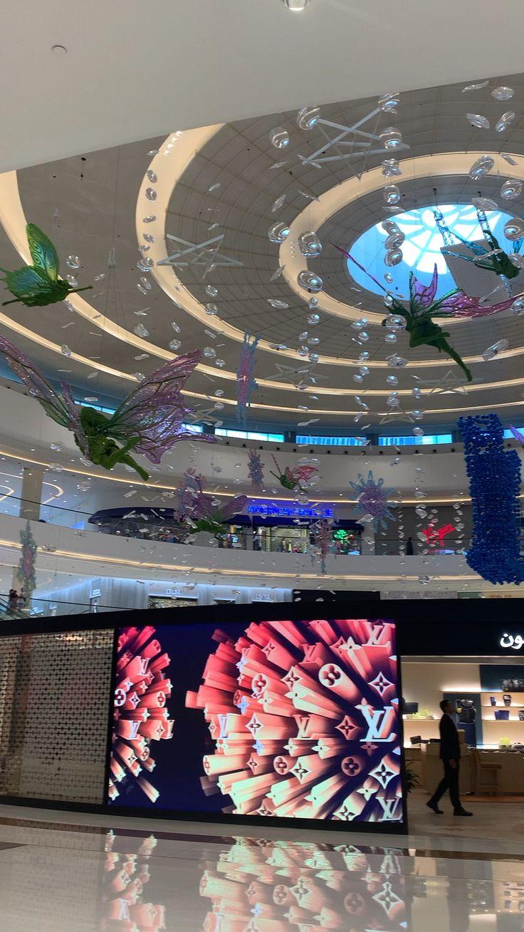 Luxury mall in Dubai [Vidéo] en 2020 Idées de selfie