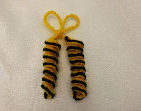 Bee girl hair spirals Hair ties hair bow by AtelierGarofita