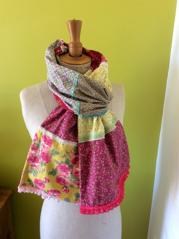 Écharpe bohème en patchwork : Echarpe, foulard, cravate par l-art-et-la-matiere