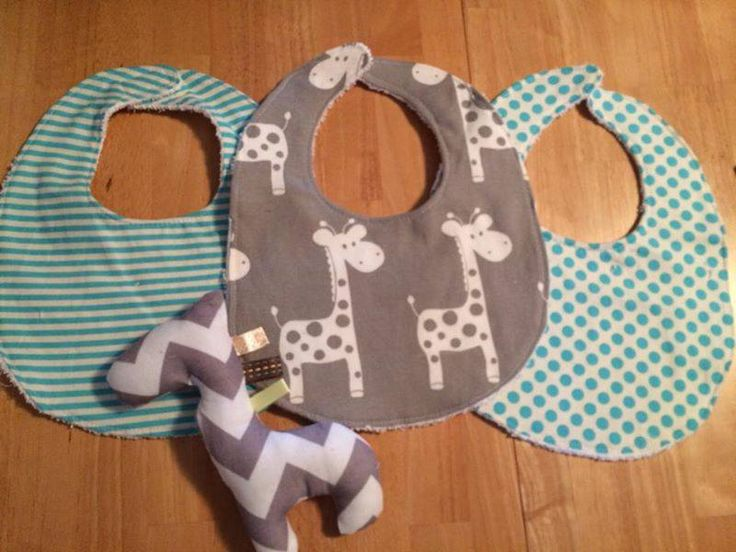 Handmade by Kayla Bear Unisex 3x bibs with terry cloth backing & Velcro fastening