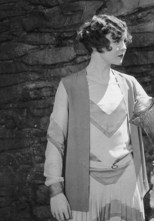 Silent Era 20s day dress chevron v shape vest jacket bobbed hair short curled hairstyle women vintage fashion style