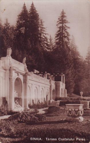 Terasa castelului Peles. Sinaia.