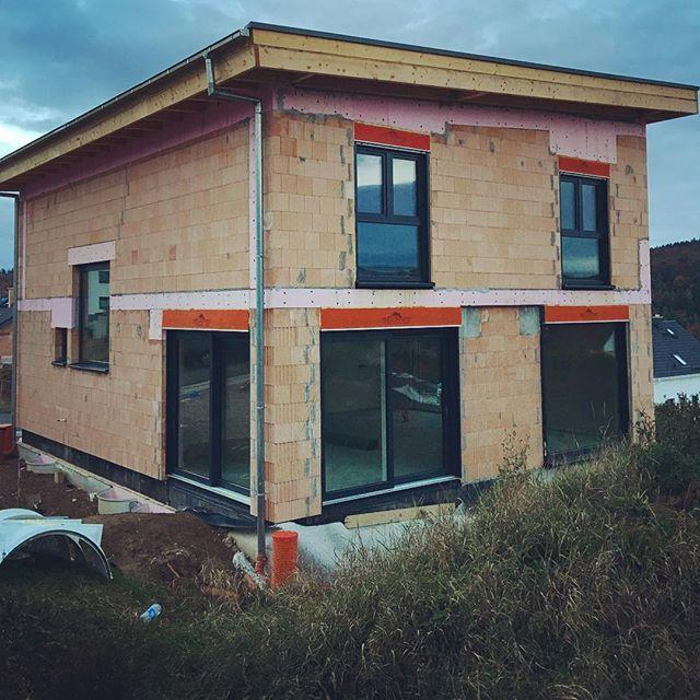 Haus bauen baustelle  Die besten 20+ Palettentreppe Ideen auf Pinterest | Paletten ...