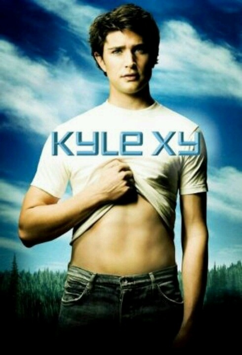 Kyle XY is one of those shows that you either like it or you don't. I loved it and I found it's concept so intriguing and exciting to watch unravel. It's such a shame it only lasted three seasons. Damn you, ABC.
