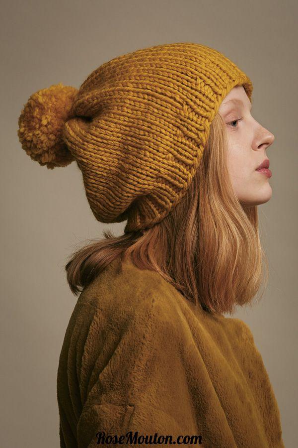 Bonnet tricoté avec la qualité Fire de Lang Yarns. Vous trouverez les  explications de ce modèle dans le catalogue LANG YARNS WOOL ADDICTS FAM 256  - WAD 001. 444285ba6882