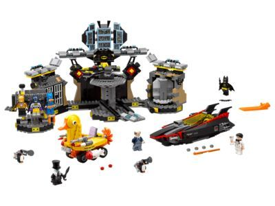 So cool! Love the duck boat, penguin's top hat and fur. Bruce Wayne's bow tie is really cute. The hanging suits are great: Scu-Batsuit, Raging Batsuit or the Bat-Pack Batsuit. And you can go into a revolving transformation chamber as Bruce and come out as Batman.  Batcave Break-in
