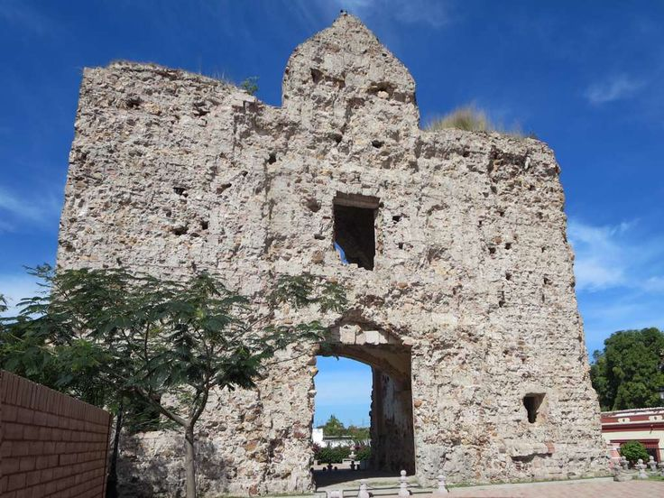 When mining tunnels destabilized the old colonial church (1759) in El Rosario, Sinaloa, Mexico, its stones were used to erect the current Parroquia de Nuestra Señora del Rosario.
