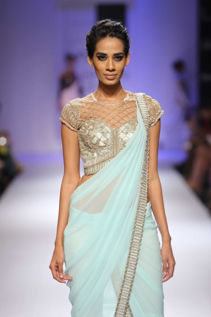 Lakmé Fashion Week – Sonaakshi Raaj at LFW WF 2014