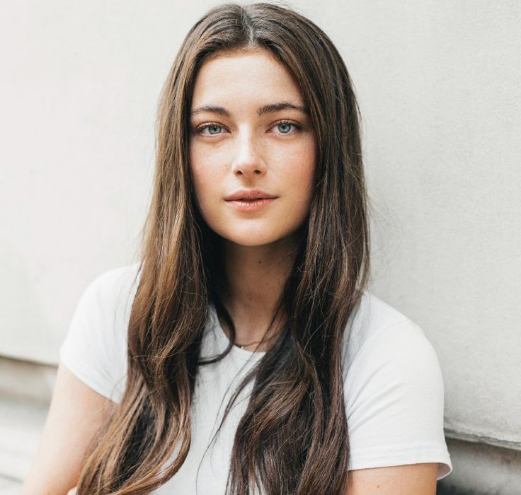 Millie Brady is a British actress from London, England. She is known for playing Violette Selfridge on Mr Selfridge, and Mary Bennet in Pride and Prejudice and Zombies. Millie can next be seen playing Princess Catia in King Arthur: Legend of the Sword, and can currently be seen playing the role of Aethelflaed on The Last Kingdom.
