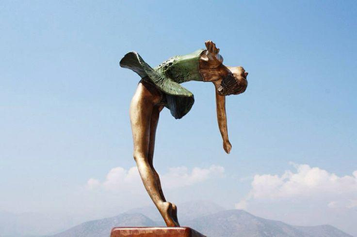 Escultura Puntas de espalda