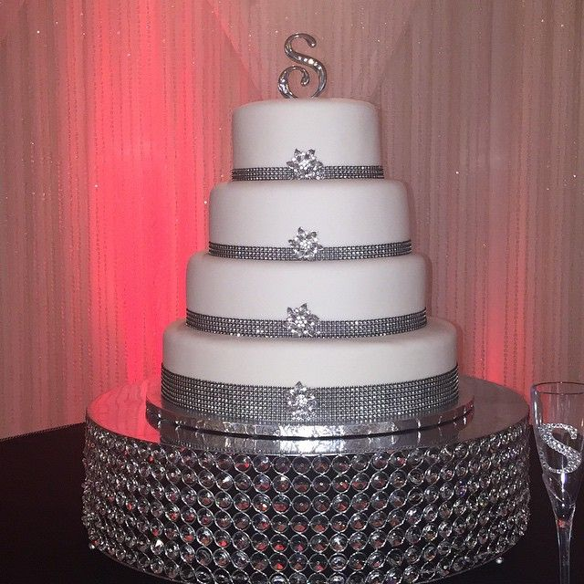 a good wedding cake 17 best cakes images on conch fritters petit 10627