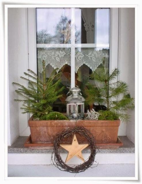 die besten 25 weihnachtsdeko fensterbank ideen auf pinterest weihnachtsdeko mit kerzen. Black Bedroom Furniture Sets. Home Design Ideas