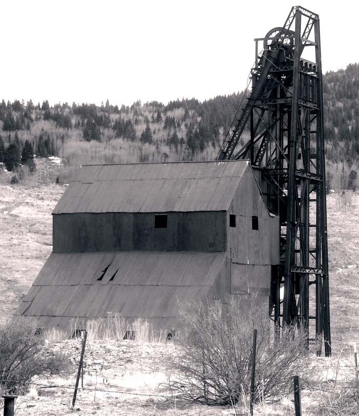 Victor, Colorado And Old Gold Mine