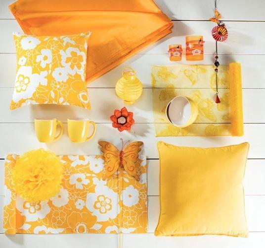 Culori vibrante pentru o primavara frumoasa.  Perna galbena, Brazil spring, 54,99 lei. #kikaromania #decoratiuni #design #galben #primavara #pastel