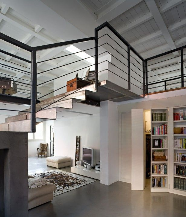 94 best salire in mansarda images on pinterest - Libreria Con Scala Paint Your Life