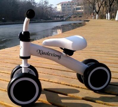 Children's scooter balance car yo car baby walker helcer 1-3 years old no pedal niu car