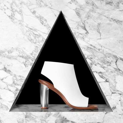 josh_caudwell_advertising_photographer_london_commercial_still_life_marble_shapes_fashion_accessory_heels_shoes_white.jpg