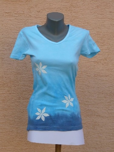 Krásne dámeske ručne maľované tričko, v aukcii na eBay.com