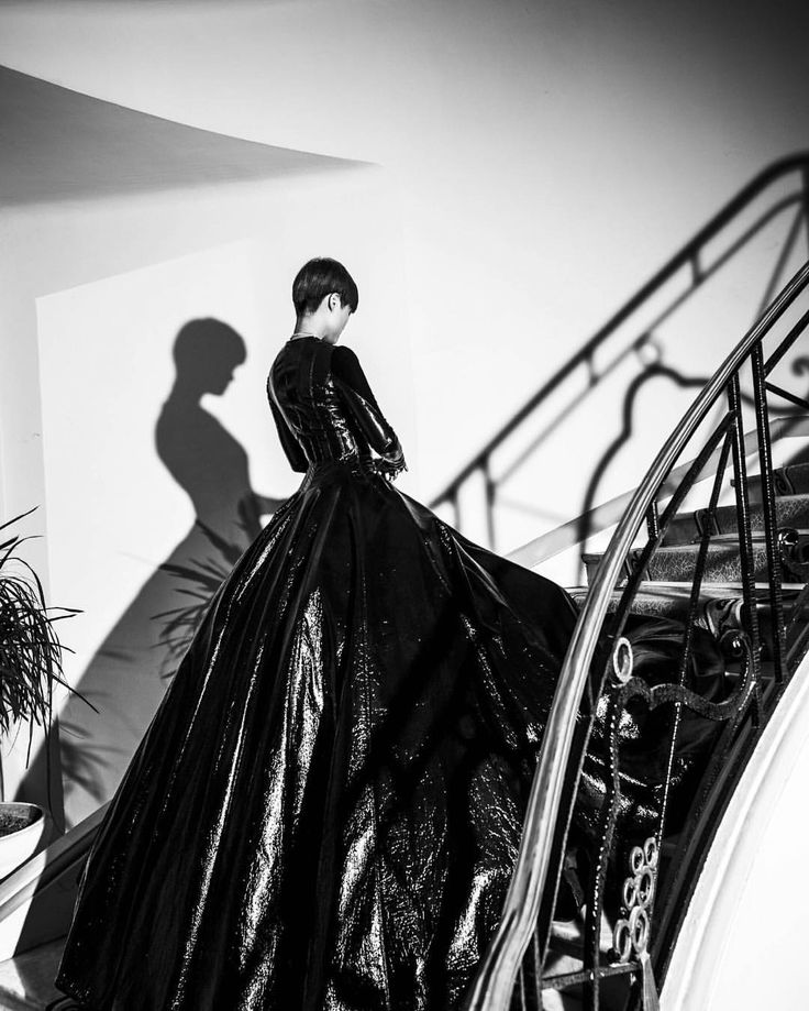 Chris Lee at 69th Cannes Film Festival red carpet. #stunning #beauty #chrislee #liyuchun #cannes #cannes2016