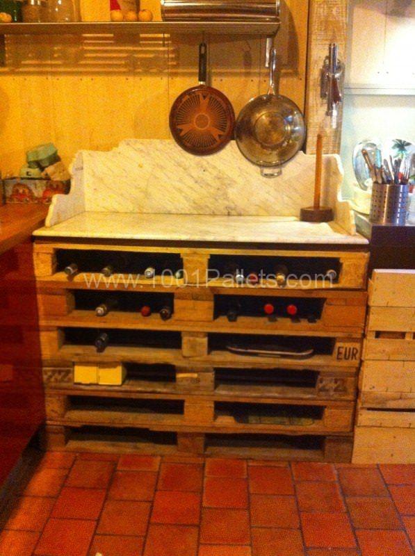 Casier Range Bouteilles & Support Pour Marbre De Pâtisserie / Pallet Wine Rack Pallet in the Kitchen