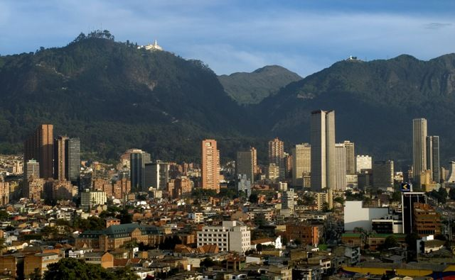 http://www.tourist-destinations.net/wp-content/uploads/2015/02/bogota10.jpg