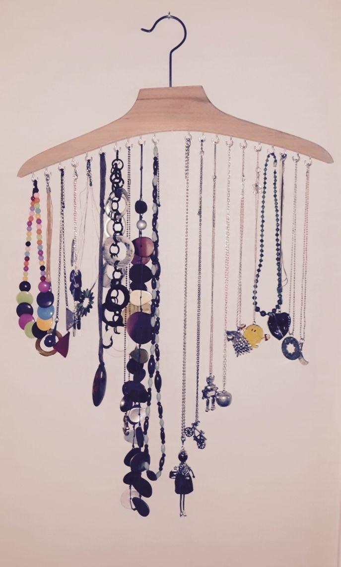 Les 25 meilleures id es concernant organisation de collier - Comment faire un porte bijoux ...