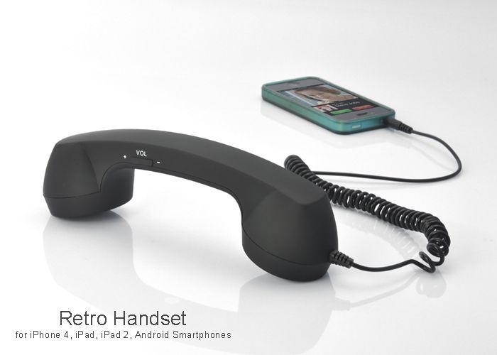 Receptor telefon handset retro O idee excelenta pentru cadou!  Dimensiuni : 70x233x70mm  Comenzi One-Tocuh pe receptor Raspunde/Inchide
