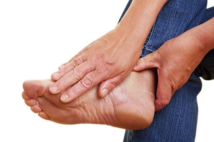 Деформация большого пальца ноги. Способы лечения