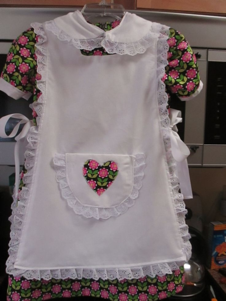 Beautiful 1960's Style Girls Handmade Dress (Size 7/8) with Matching White Eyelet Trimmed Apron by BluberryHillBoutique on Etsy