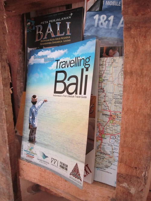 First edition of Travelling Bali April-March www.travelling-bali.com