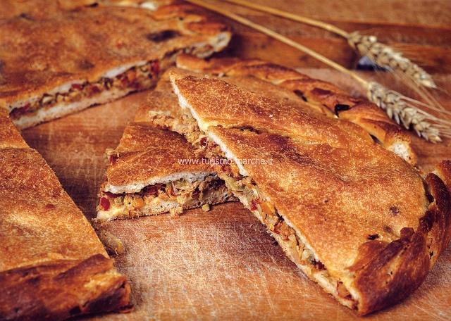 """Marche tipical dish: """"Chichì ripieno""""  flat bread - Offida, Marche, Italy"""