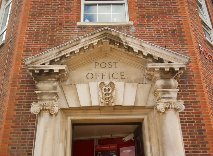 Is the Post Office Open on Columbus Day 2016?
