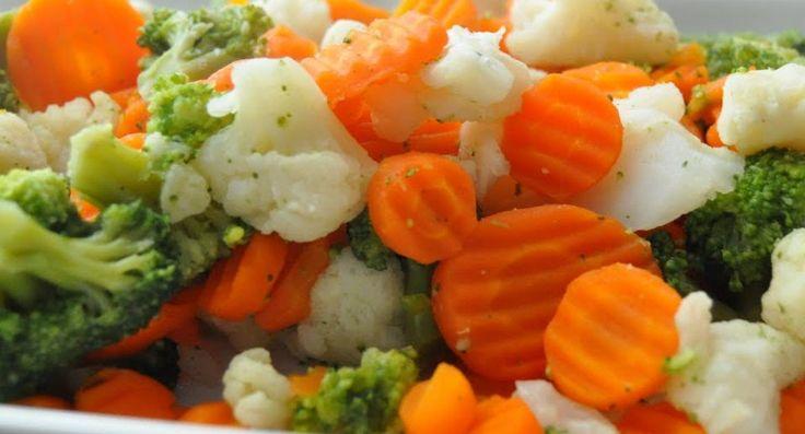 Deliciosa combinación de verduras para cocinar al vapor, pudes acompañar tus mejores platillos con esta receta.