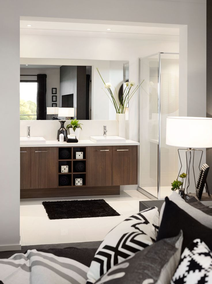 Albany Master Ensuite