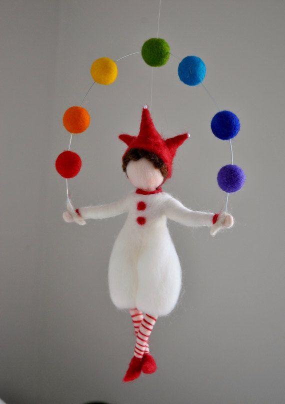 Niños habitación decoración arco iris móvil fieltro por MagicWool