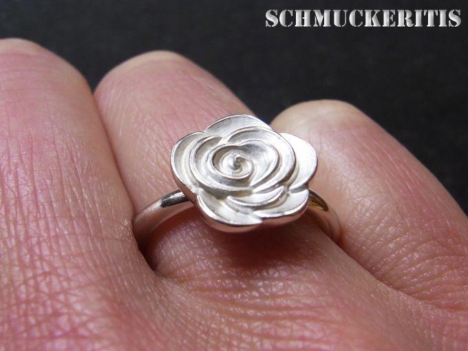 Blütenring, 925er Sterling, Rose von Schmuckeritis auf DaWanda.com