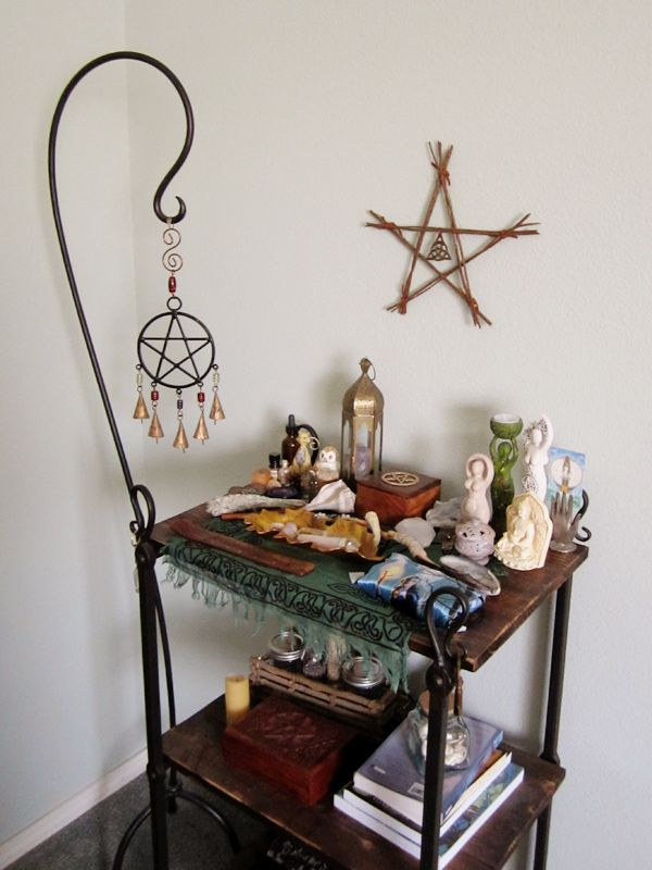 Altars:  Wiccan #Altar.