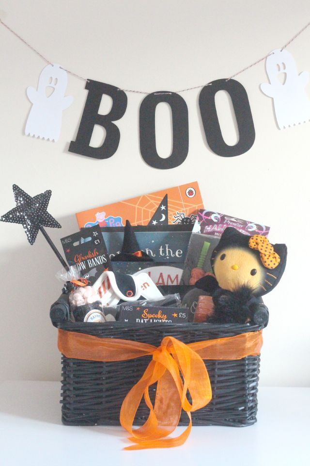 make a toddler halloween basket