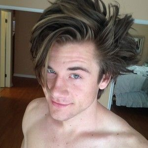 www men hair style luke benward shirtless hair styles зірки 6128 | ef6dd629b1ffecfd1dc7dad93a6128da luke benward cloud
