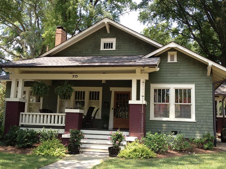 25 best ideas about bungalow exterior on pinterest - Craftsman home exterior paint colors ...